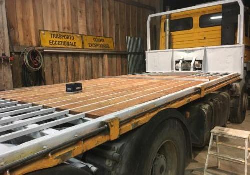 Réparation et remplacement plancher camion porte char