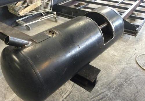 Fabrication d'un réservoir gasoil pour 4X4
